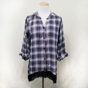 Wallpapher grey plaid button down shirt black lace